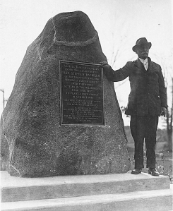 Founders Monument Ira Jones 1925. Hampton Historical Society photo.