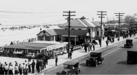 1923 Carnival Cottage Front