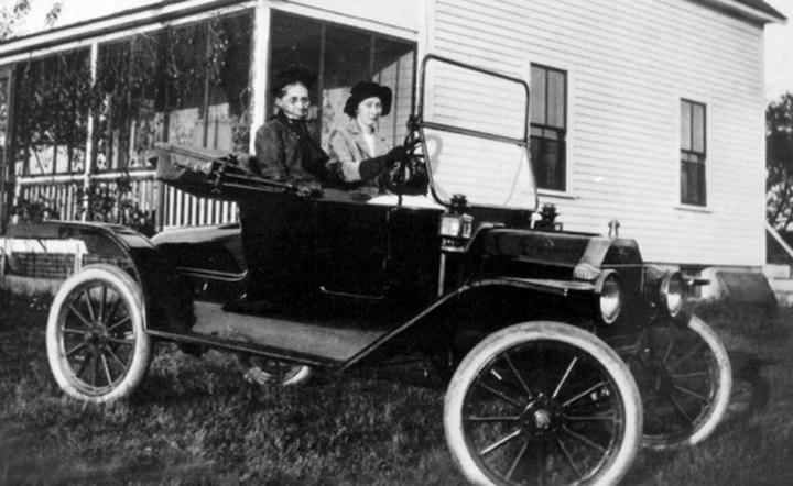 1915 Bernice Glidden