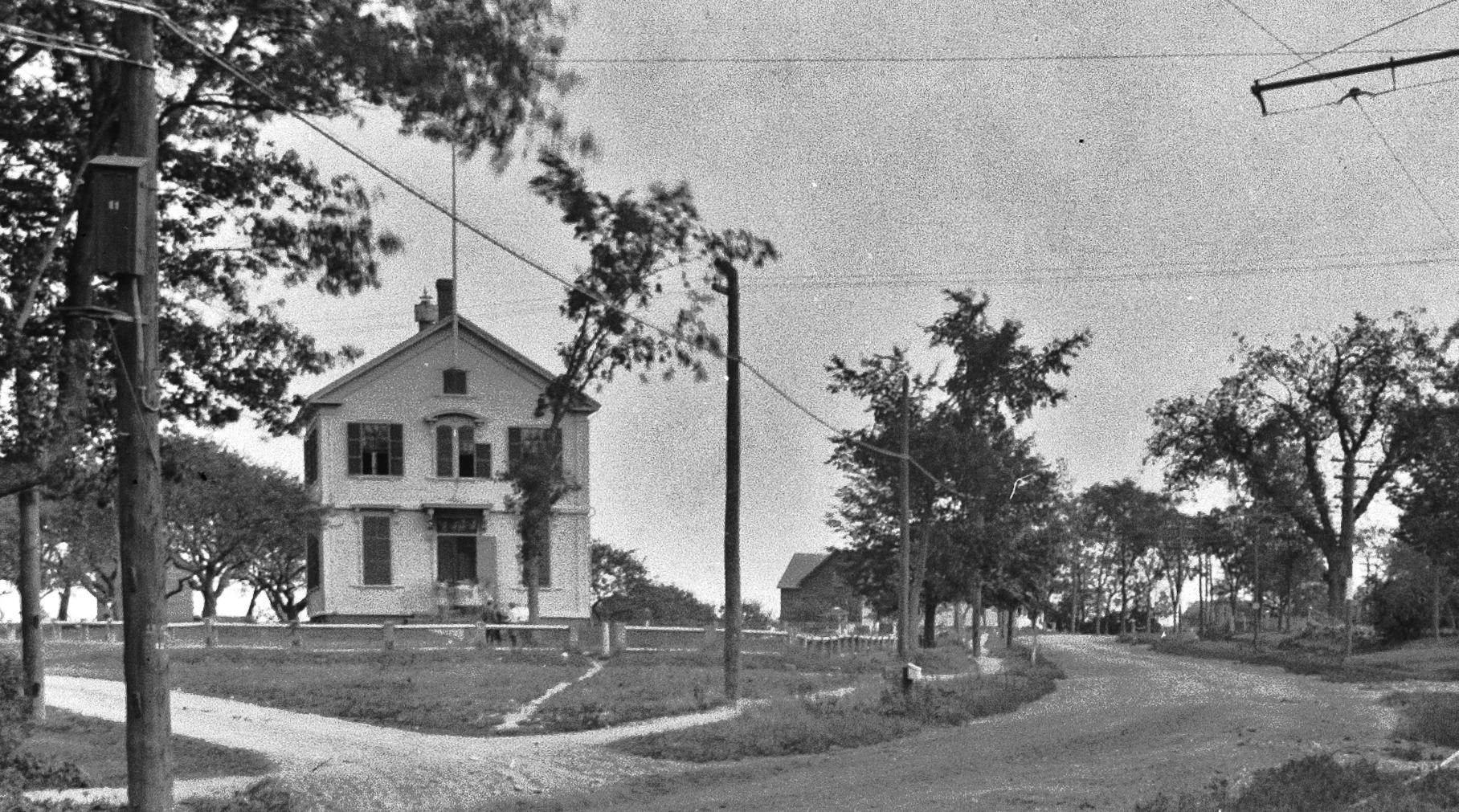 East End School (1873-1922)