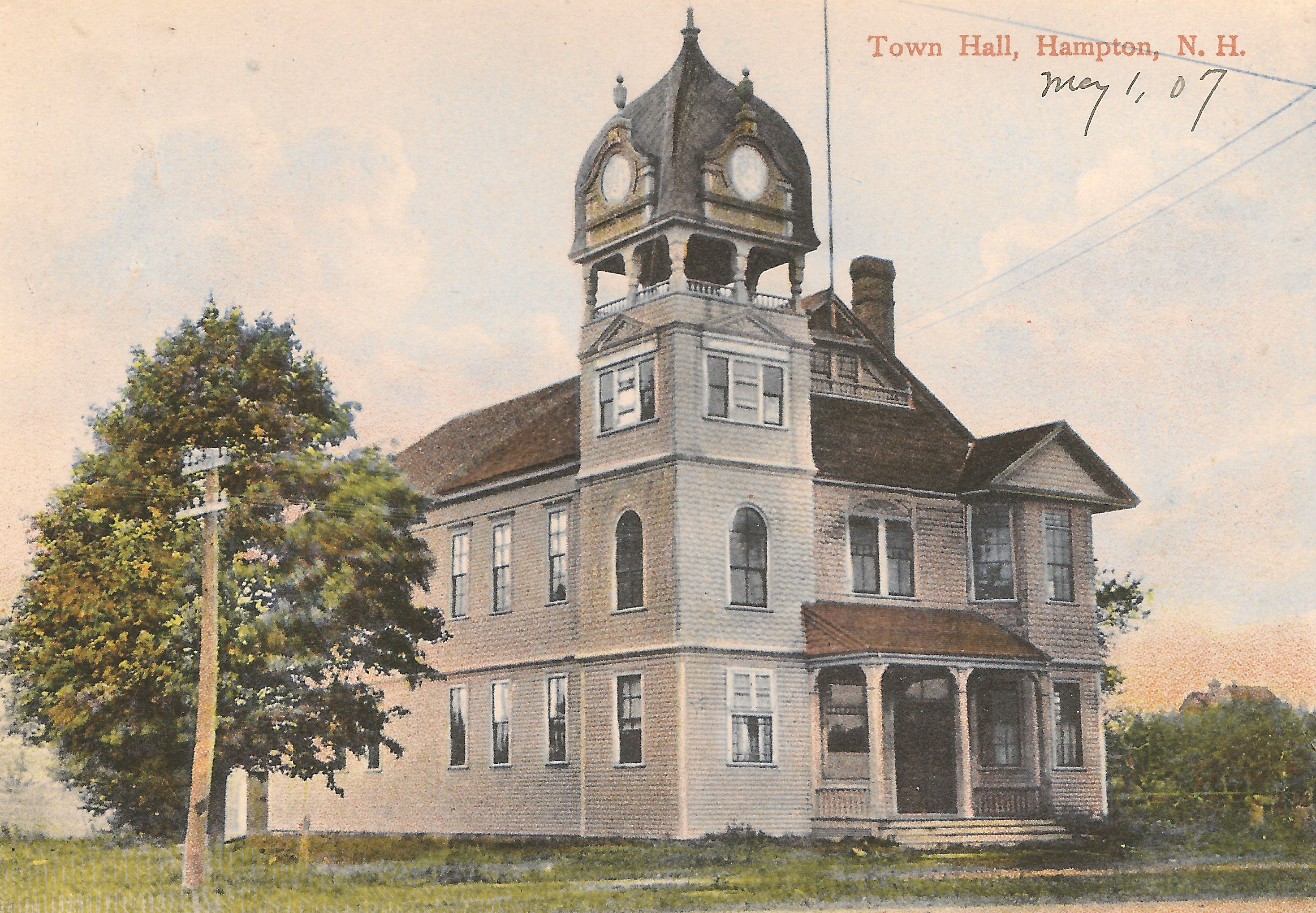Postcard view of Hampton Town Hall. postmarked May 1907.